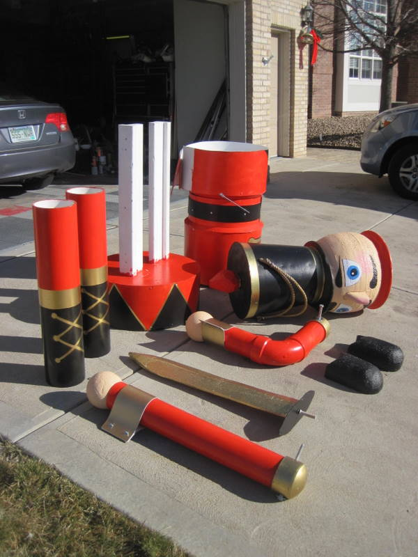 Hot to construct 9 foot nutacracker for christmas yard decoration nutcracker solutioingenieria Image collections